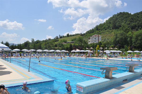 Tagani swimming pool Tirana