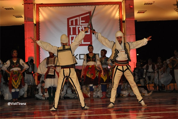 Në Konak, a fantastic folk music show in Tirana