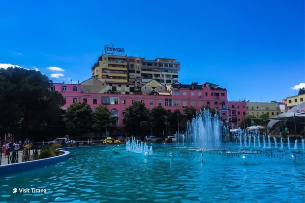 history of the famous neighborhoods of Tirana