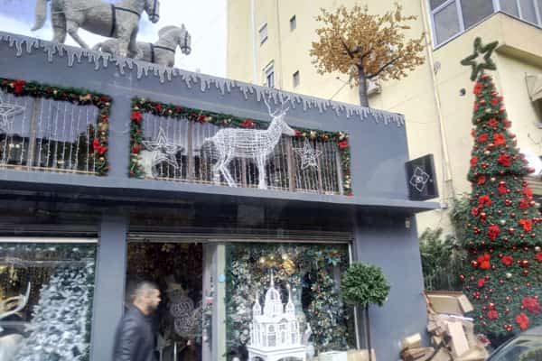 Shopping in December in Tirana