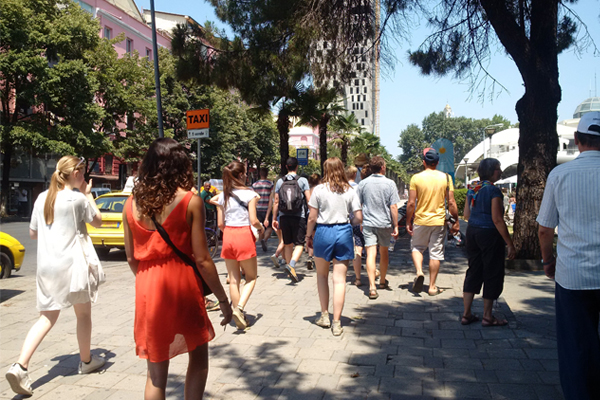 Migliaia di Turisti a Tirana