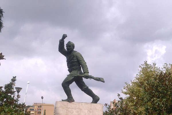Scanderbeg-square-tirana
