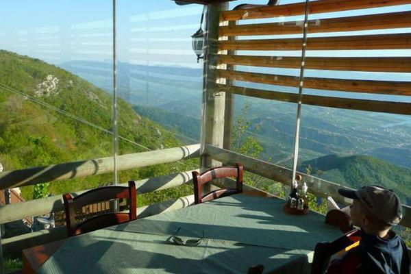 Restaurant Ballkoni i Dajtit Tirane