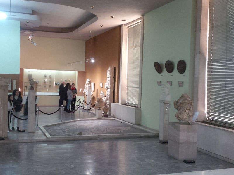 Muzeu kombetar Tirane Shqiperi
