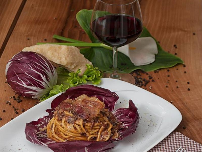 Restaurant Vila 99 Albania