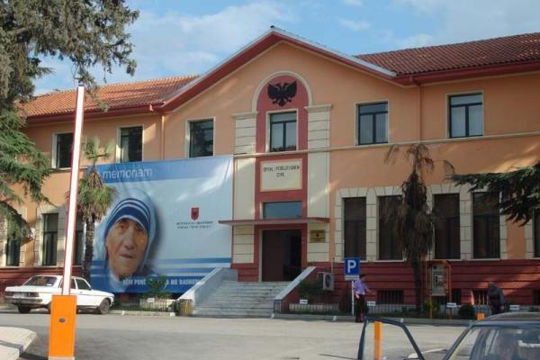 ospedale madre teresa a Tirana