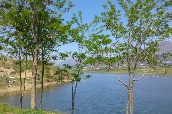 lago di Farka Tirana