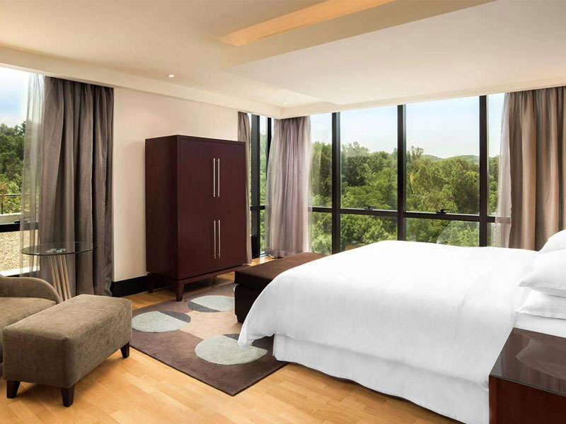 Hotels in Tirana, Sheraton Hotel