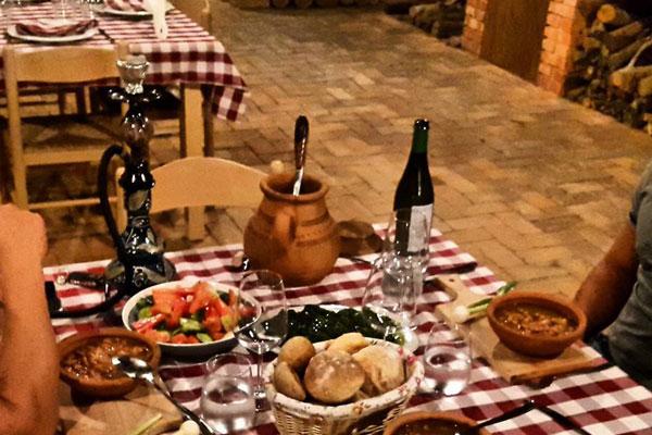 restorante me te mira Tirane, restorante bio tirane, restoranti Uka