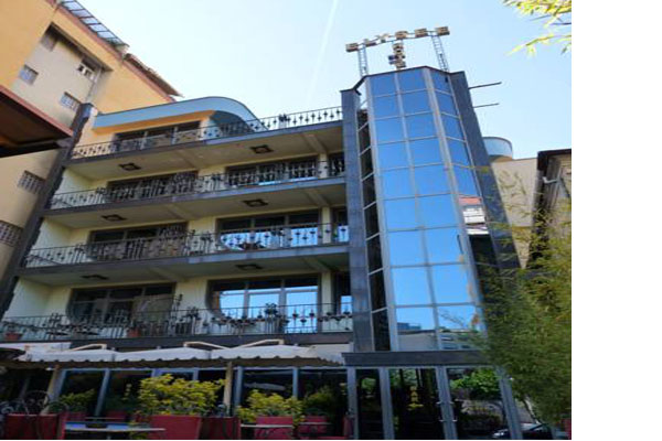hotels in Tirana Elysee