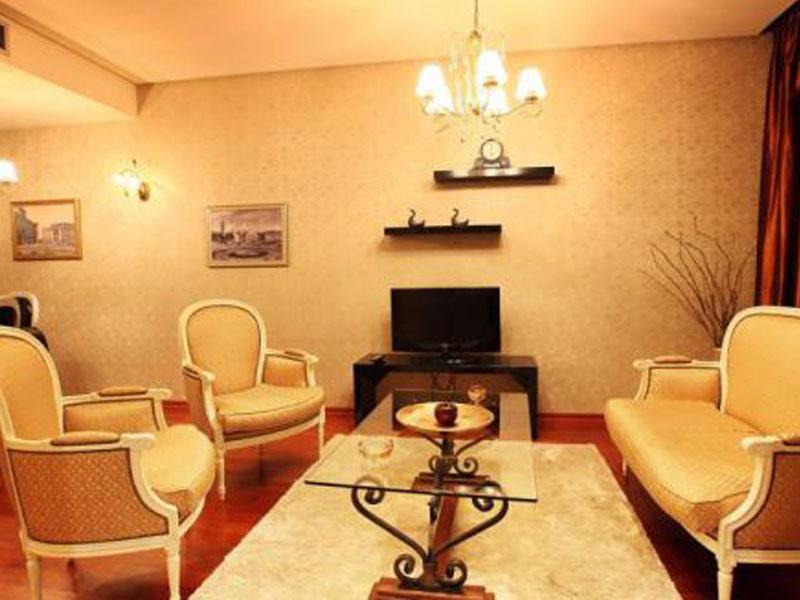 Tirana international hotel ne Shqiperi