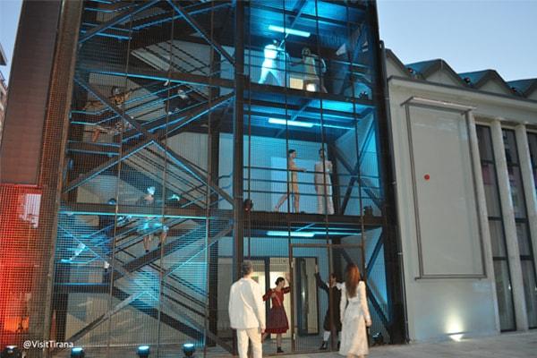 Teatri ArTurbina ne Tirane, Teatri Turbina Tirane, Teatro ne Tirane