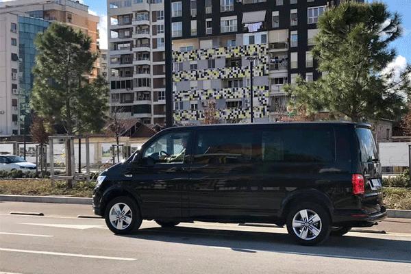 Albarent makina me qera, makina me qera ne Tirane Shqiperi, rezervo online makine me qera ne Tirane, merr makine online ne Tirane ne Shqiperi, Transporti Tirane, Eksploro Tiranen me makine me qera
