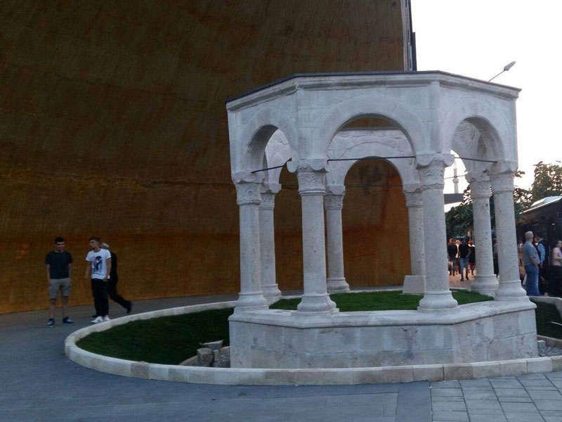 monumental cemetery Kapllan Pasha