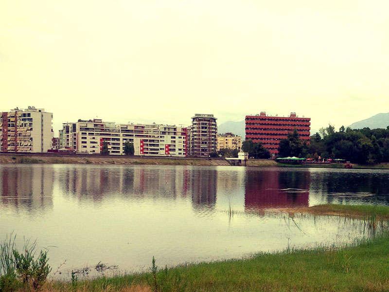 Grand Park Tirana, Tirana Lake