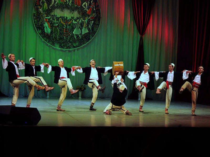 L'Ensemble Nazionale di Canzoni e Danze Tirana