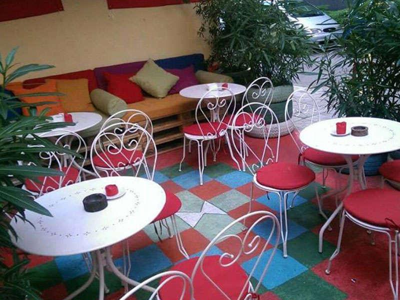 Tirana Albania Komiteti Bar