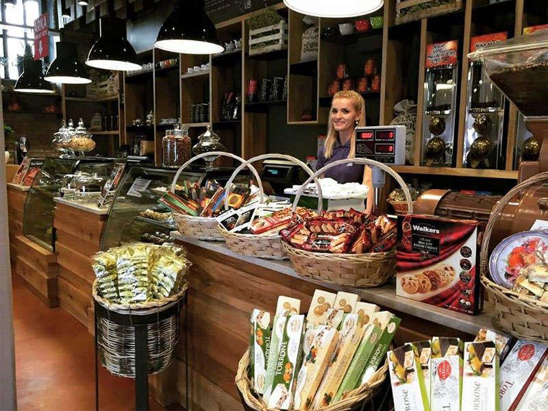coffee shops Mulliri i Vjeter in Tirana