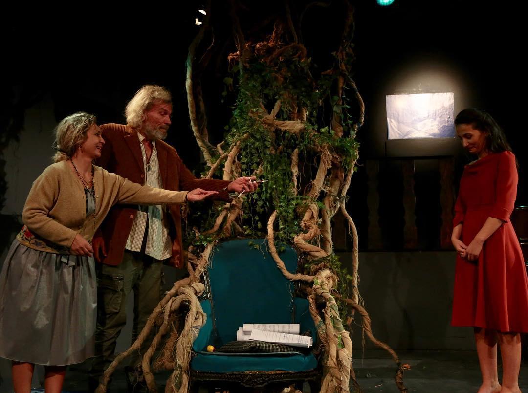 rrajet levizin, teater shqipta nga Ernest Koliqi, Teatri Metropol