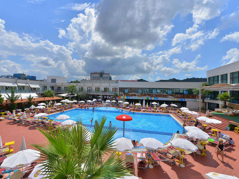 Te Stela Resort a Tirana