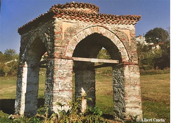 La tomba della sposa Tirana