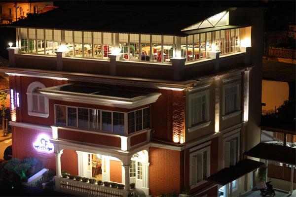 Hotel Gloria Tirane Shqiperi