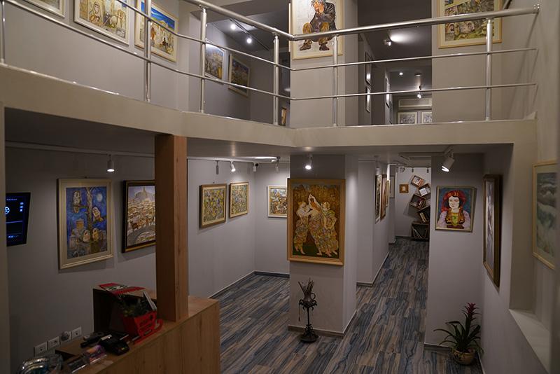 Galleria 43, Gallerie a Tirana, Galleria 43 a Tirana, galleria personale a Tirana